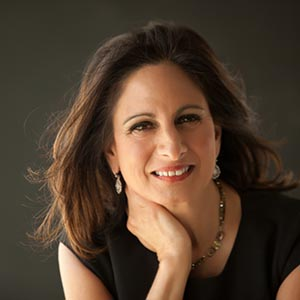 Dr Lisa Mainier